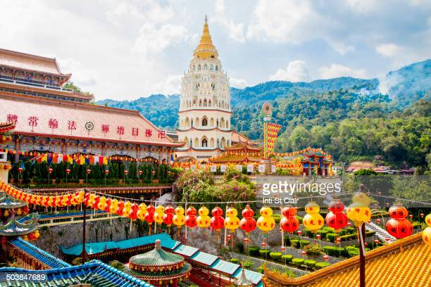 chinese lanterns at kek lok si temple, george town, penang, malaysia - malaysia stock pictures, royalty-free photos & images