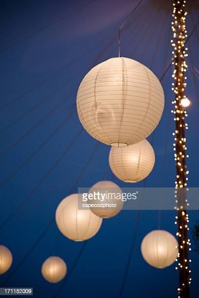 Chinesische Laternen in der Nacht in the tent