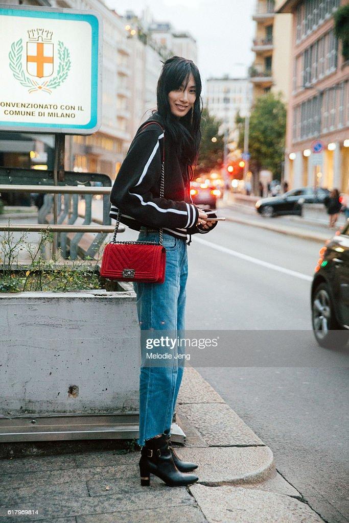 22fec2517 Street Style: September 21 - Milan Fashion Week Spring/Summer 2017 : News  Photo
