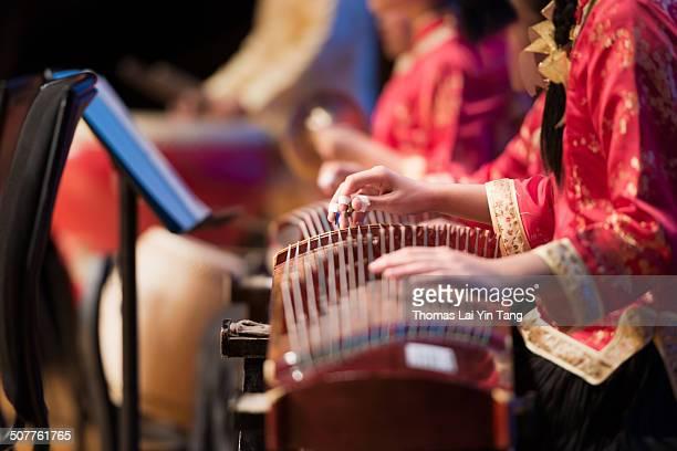chinese music ensemble performing - evento delle arti dello spettacolo foto e immagini stock