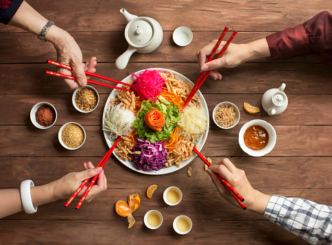 "Chinese new year food, raw fish salad ""Yusheng"". - gettyimageskorea"