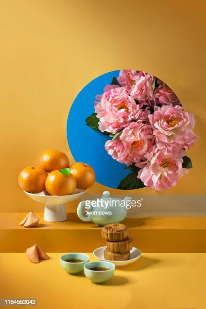 chinese new year food still life. - nature morte photos et images de collection