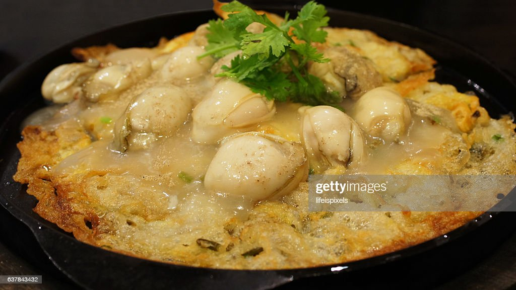 Chinese Oyster Omelet : Stock Photo