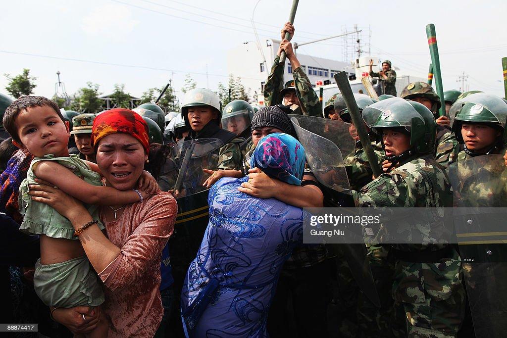Riots Occur In China's Urumqi Ethnic Region : News Photo