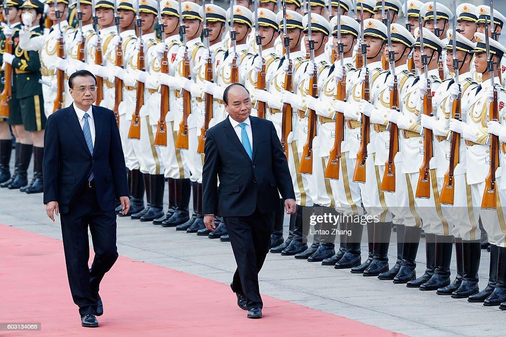 Vietnamese Prime Minister Nguyen Xuan Phuc Visits China : News Photo