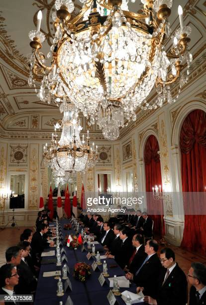 Chinese Premier Li Keqiang and Japan's Prime Minister Shinzo Abe attend their bilateral talks at Akasaka Palace state guest house in Tokyo Japan May...