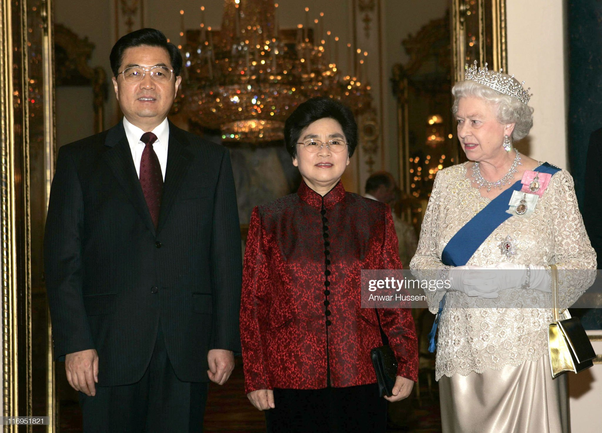 President Hu Jintao attends a Banquet with HM The Queen Elizabeth II during State Visit : News Photo