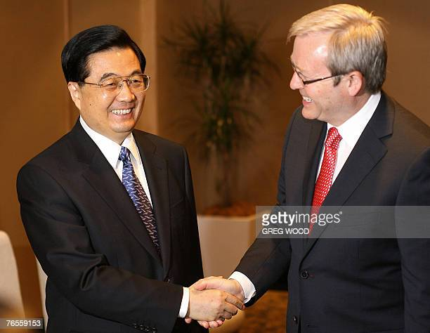 Chinese President Hu Jintao meets with Australian opposition leader Kevin Rudd in Sydney, 07 September 2007, ahead of the Asia Pacific Economic...