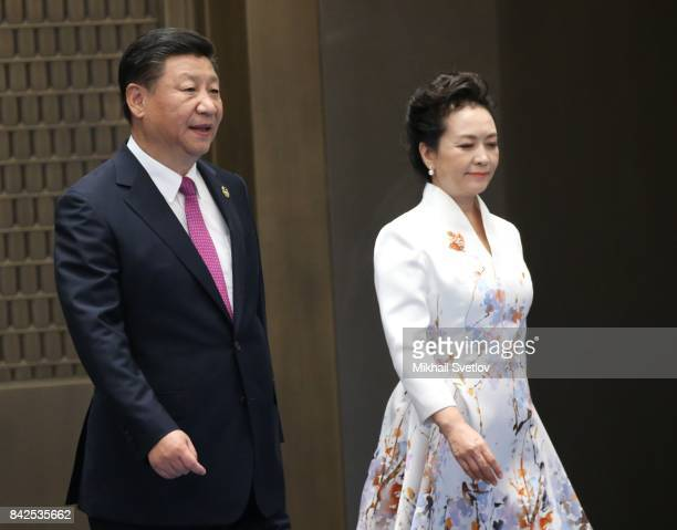 Chinese President Xi Jinping and his wife Peng Liyuan arrive to the dinner on September 4 2017 in Xiamen China Leaders of Russia China India Brasil...