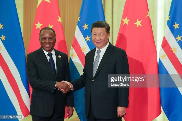 Chinese President Xi Jinping shakes hands with Ulisses Correia e Silva Prime Minister of Cape Verde before during a meeting at The Great Hall of...