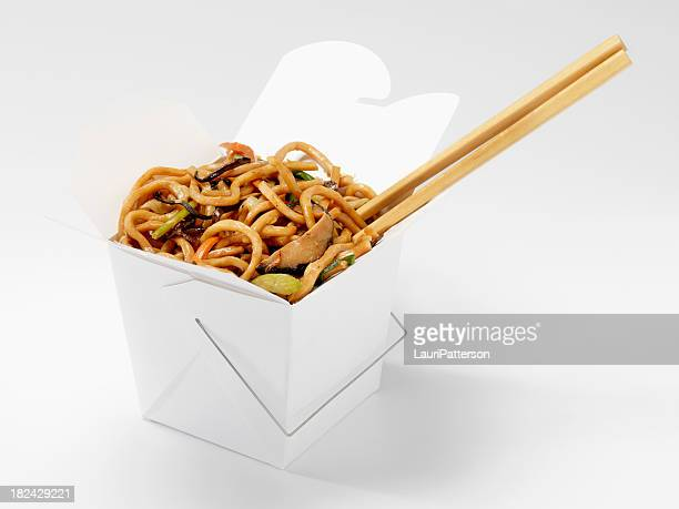 chinese shanghai noodles with chopsticks - chinese food stock pictures, royalty-free photos & images