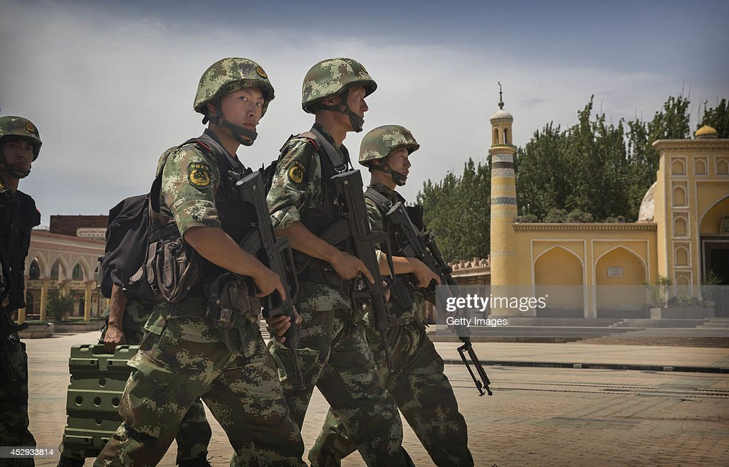 China Steps Up Security Following Xinjiang Unrest : Photo d'actualité