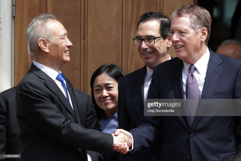 Chinese Delegation Meets With US Trade Representative Lighthizer On Tariffs : News Photo