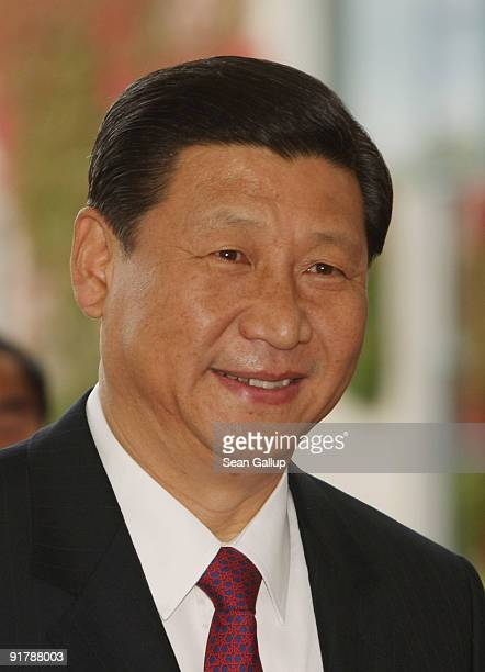 Chinese VicePresident Xi Jinping arrives at the Chancellery to meet with German Chancellor Angela Merkel on October 12 2009 in Berlin Germany Xi...