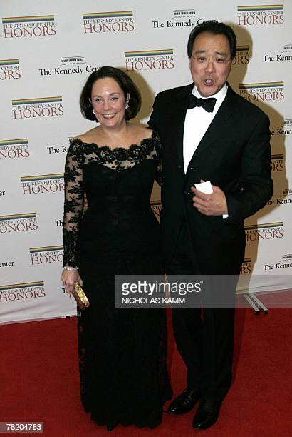 Chineseborn US cellist YoYo Ma and Jill Hornor arrive at the State Department in Washington 01 December 2007 for the 30th Kennedy Center Honors...