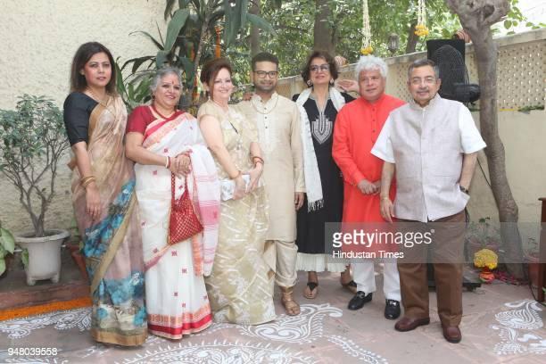 Chinna Sita Raina and designer Pranay Baidya socialite Bina Ramani author Suhel Seth with Vinod Dua during a lunch party on the occasion of Bengali...