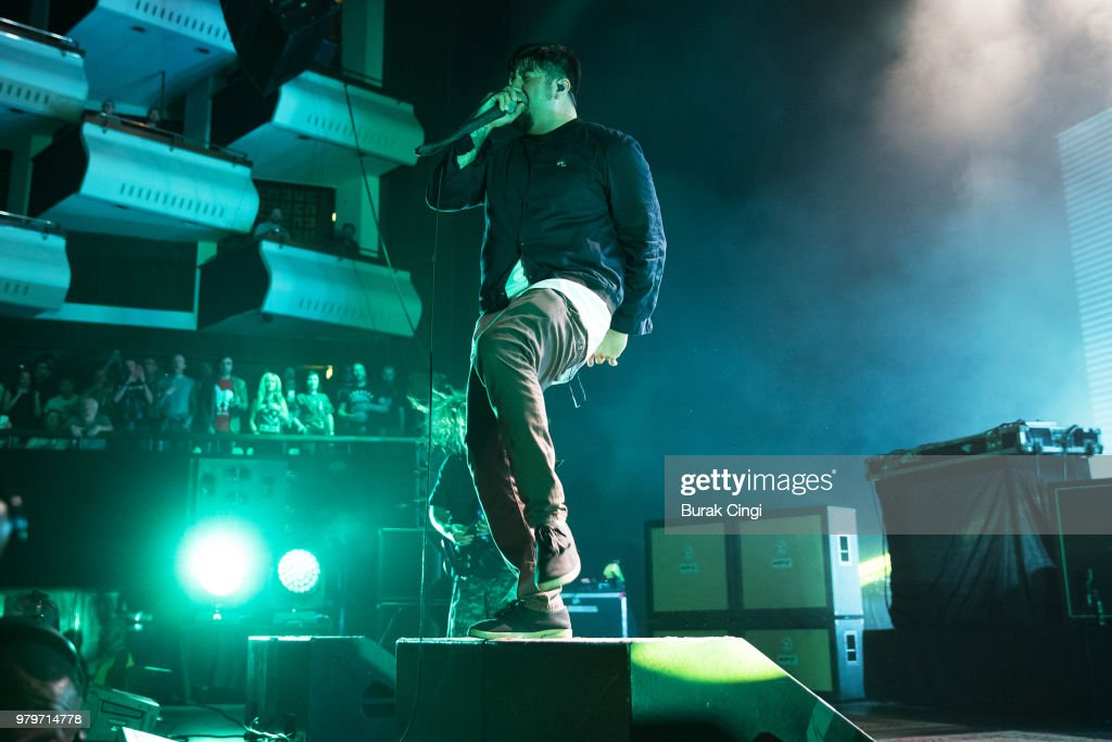 Robert Smith's Meltdown: Deftones Perform At Royal Festival Hall