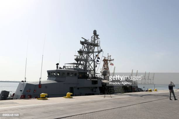 Chinook of US navy arrives at Hamad Port for a joint naval exercise with Qatar navy in Doha Qatar on June 16 2017 After 12 billion dollars worth F35...