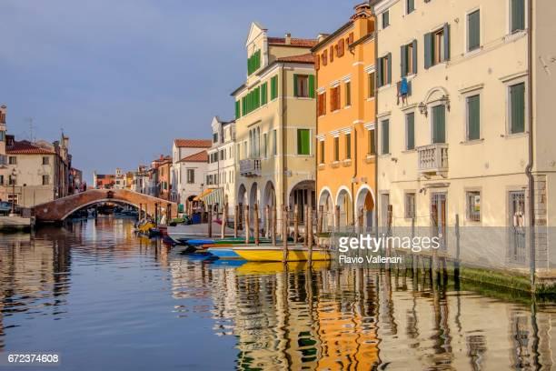 chioggia, canal vena - italy - centro storico foto e immagini stock