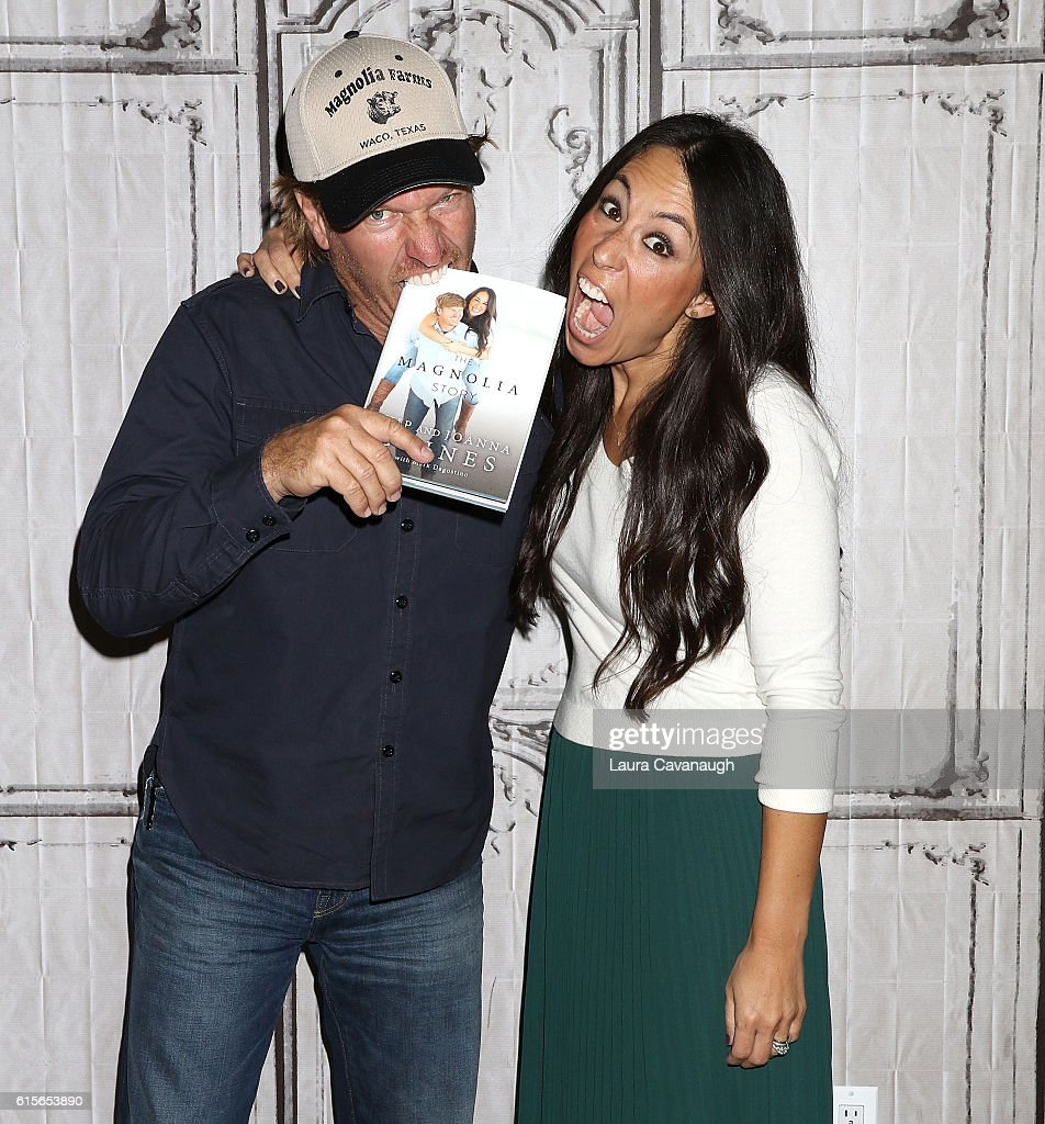 "The Build Series Presents Chip & Joanna Gaines Discussing Their New Book ""The Magnolia Story"" : News Photo"