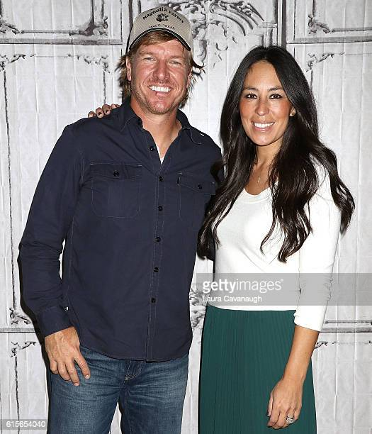 Chip Gaines and Joanna Gaines attend The Build Series to discuss The Magnolia Story at AOL HQ on October 19 2016 in New York City