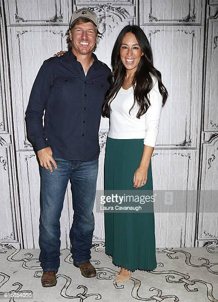 Chip Gaines and Joanna Gaines attend The Build Series to discuss 'The Magnolia Story' at AOL HQ on October 19 2016 in New York City