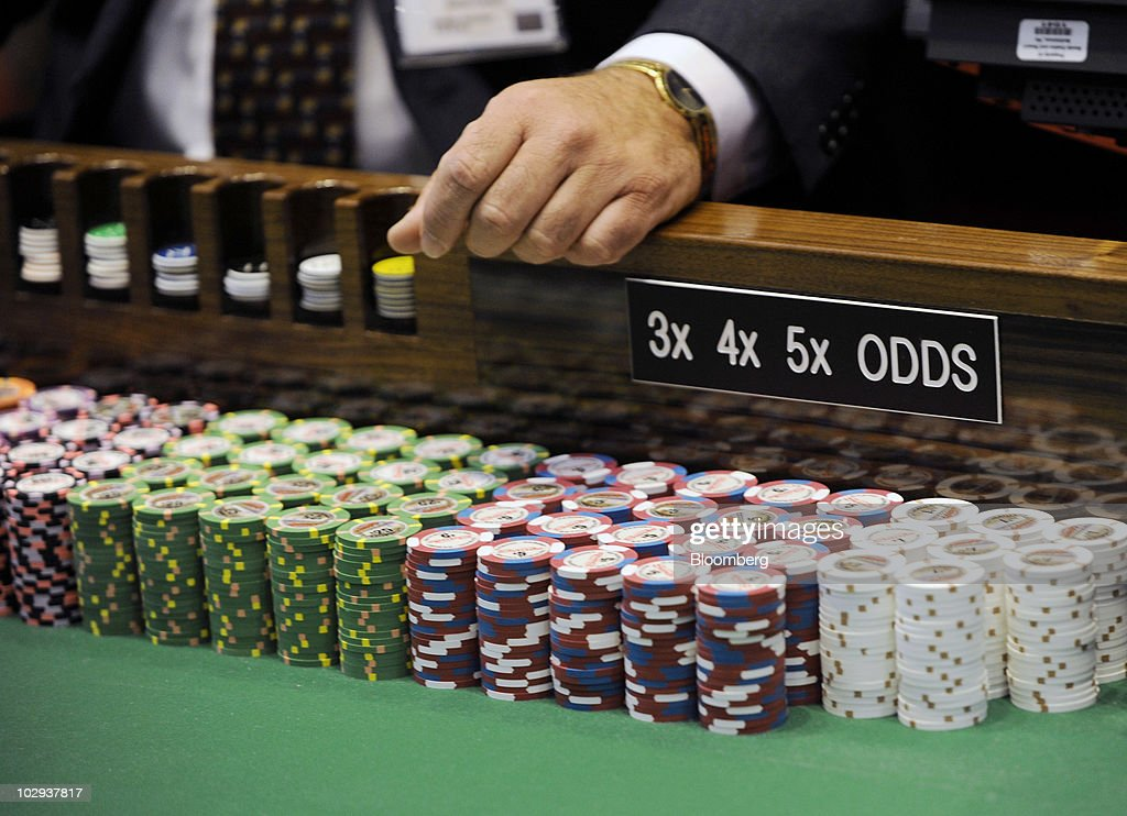 Aliante casino access showroom