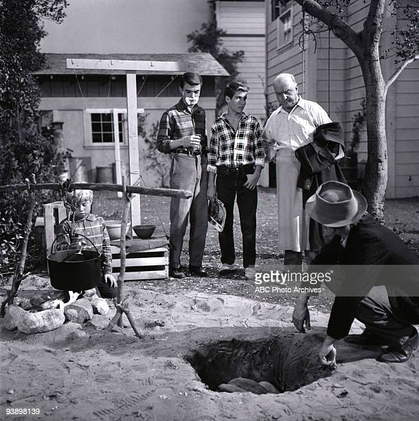 SONS Chip's Harvest 11/17/60 Stanley Livingston Tim Considine Don Grady William Frawley and Monty Ash