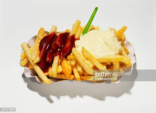 Chips with ketchup and mayonnaise