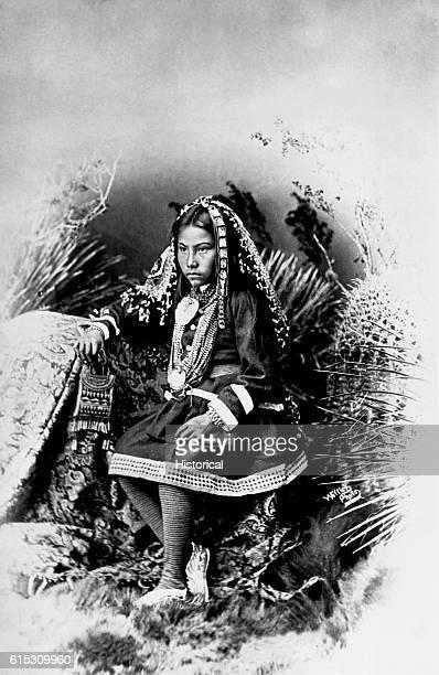 Chiricahua Apache girl granddaughter of Cochise ca 1886 | Location photography studio