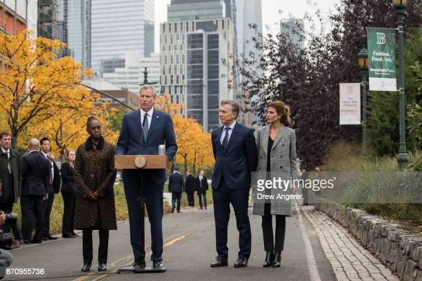 Chirlane McCray New York City Mayor Bill de Blasio Argentinian President Mauricio Macri and First Lady of Argentina Juliana Awada attend a tribute...