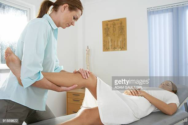 Chiropractic examination of knee