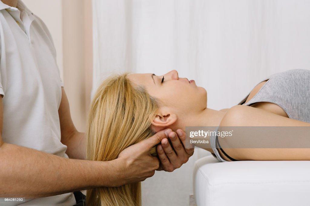 chiropractic adjustment cost