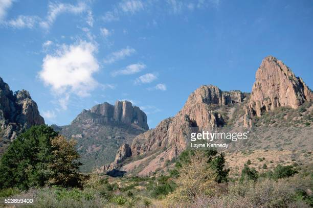 chisos mountains in big bend national park - chisos mountains stock pictures, royalty-free photos & images