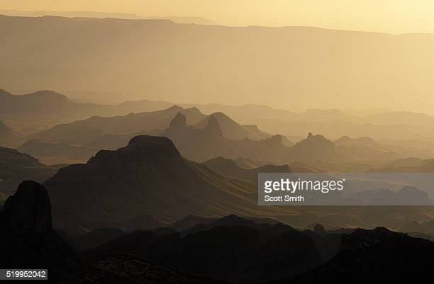 chisos mountains - chisos mountains stock pictures, royalty-free photos & images