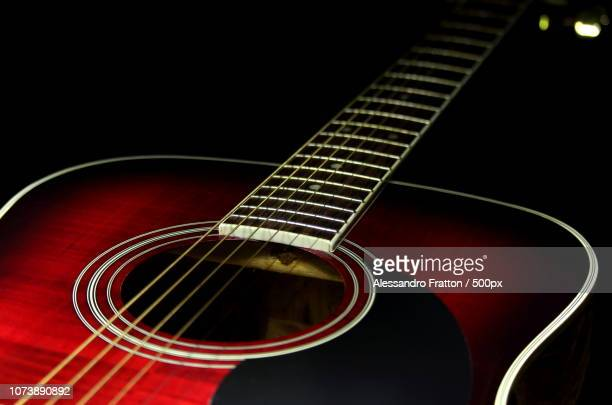 chitarra acustica - chitarra stock pictures, royalty-free photos & images