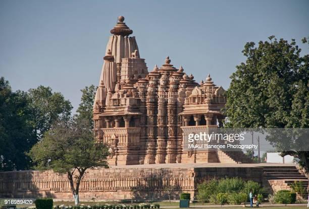 chitragupta temple, khajuraho, india - khajuraho stock pictures, royalty-free photos & images