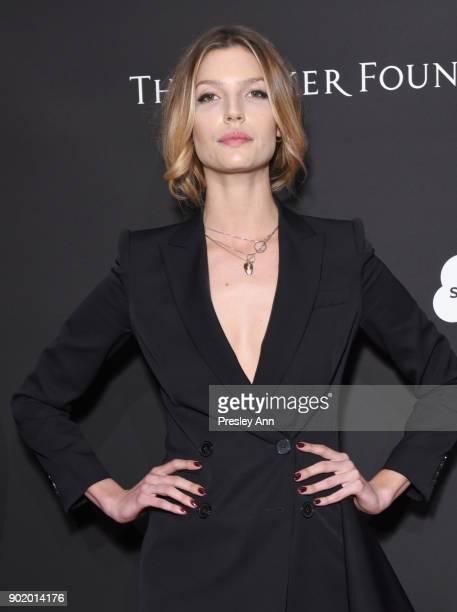 Chloe Bello attends the 7th Annual Sean Penn Friends HAITI RISING Gala benefiting J/P Haitian Relief Organization on January 6 2018 in Hollywood...