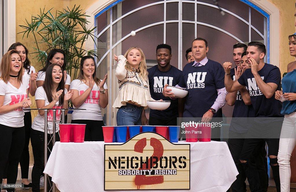 "Celebrities On The Set Of Univision's ""Despierta America"" : News Photo"