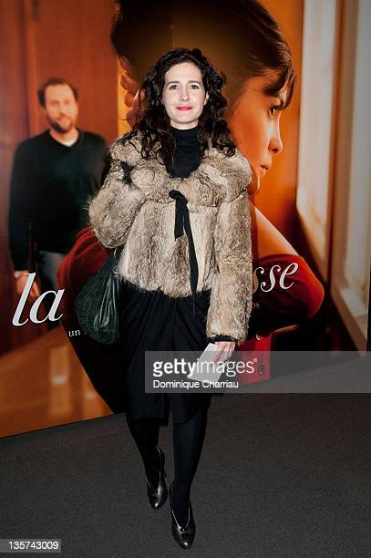 Chloe Lambert attends 'La Delicatesse' Paris Premiere at UGC Normandie on December 13 2011 in Paris France