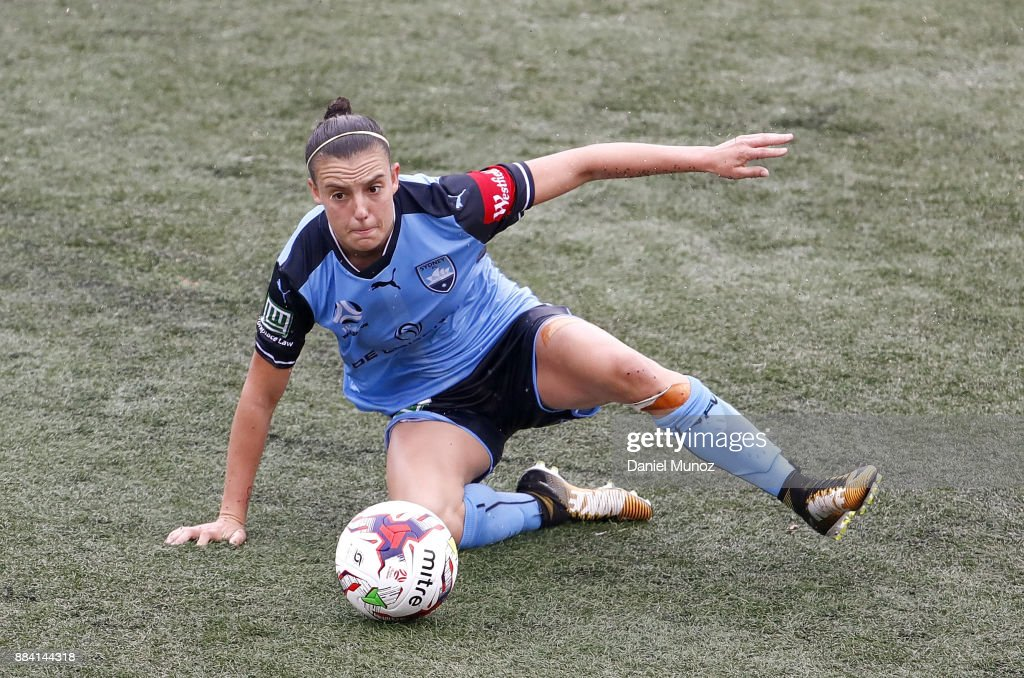 Chloe Logarzo of Sydney FC controls the ball during the round six W-League match between Sydney FC and Melbourne Victory at Cromer Park on December 2, 2017 in Sydney, Australia.