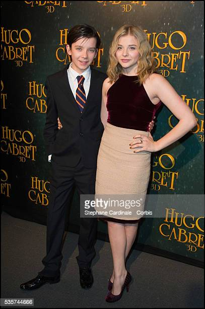 Chloe Moretz and Asa Butterfield attend the premiere of 'Hugo Cabret 3D' in Paris