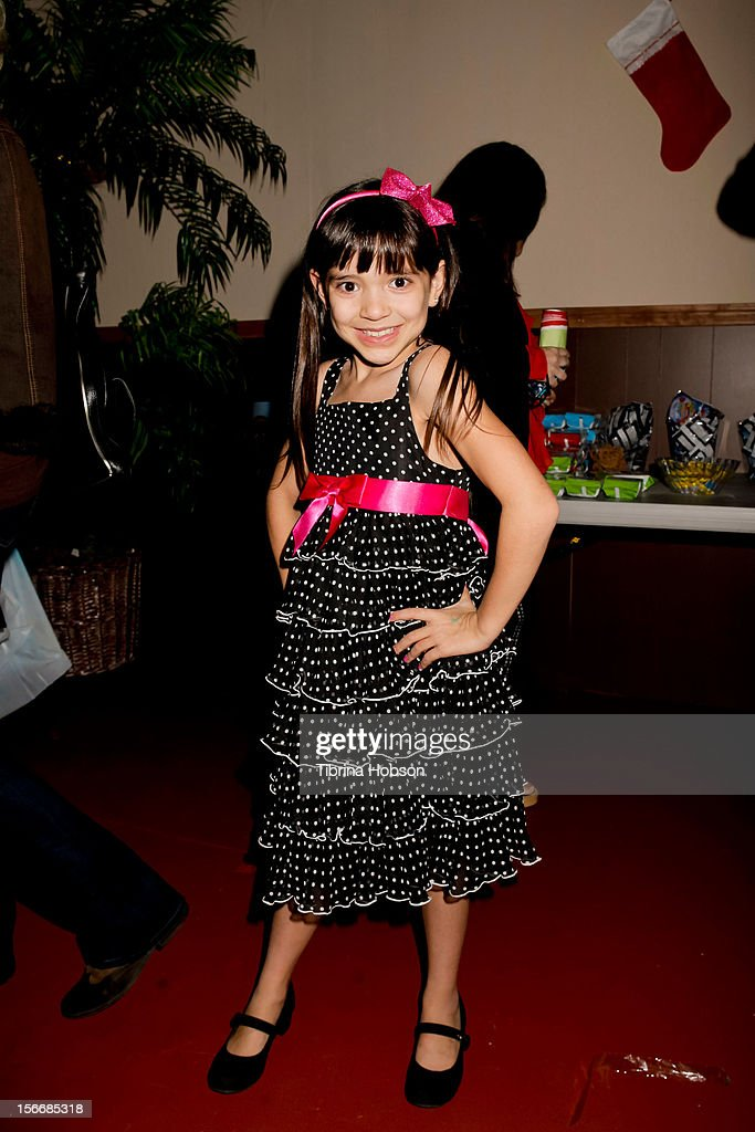 Chloe Noelle attends the 2nd annual Dream Magazine winter wonderland Eevent at TDJ Studios on November 18, 2012 in North Hollywood, California.