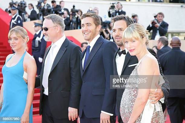 Chloe Sevigny David FincherJake Gyllenhall and Mark Ruffalo and his wife Sunrise Coigny arrive at the premiere of 'Zodiac' during the 60th Cannes...