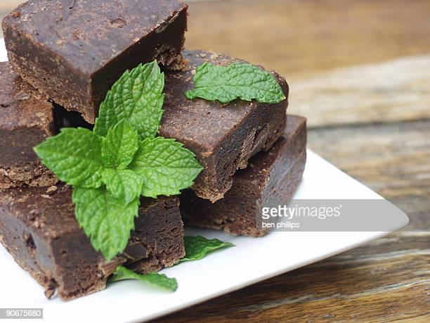 choc mint fudge slice - fudge stock pictures, royalty-free photos & images