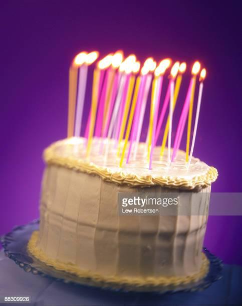 chocolate birthday cake - data especial - fotografias e filmes do acervo