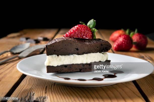 chocolate cake - ileum stock photos and pictures