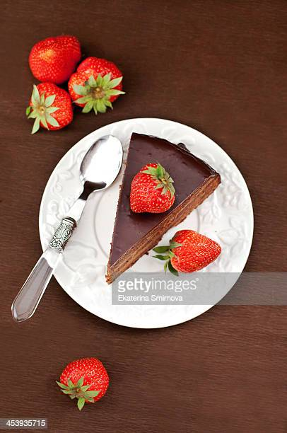 chocolate cake - chocolate cake above stock pictures, royalty-free photos & images