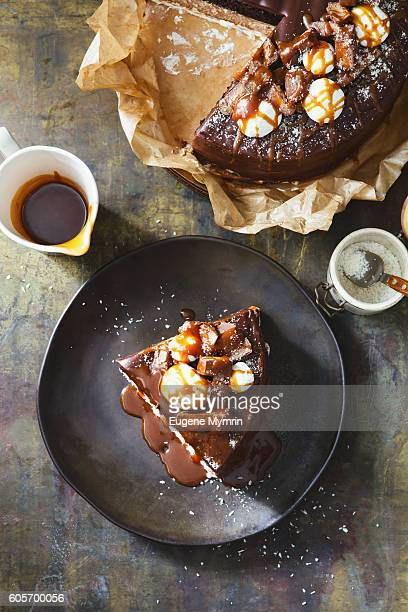 chocolate cake with nougat and caramel - chocolate cake above stock pictures, royalty-free photos & images