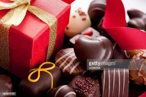 chocolate candies and gift box - valentine's day holiday stock pictures, royalty-free photos & images